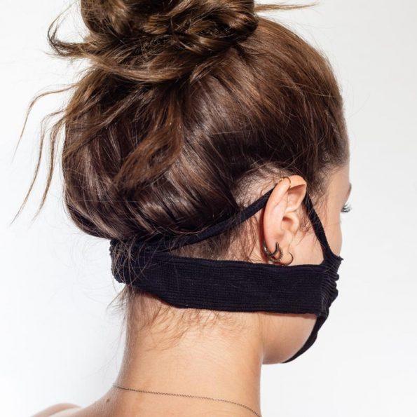 máscara-mujer-negro-retro