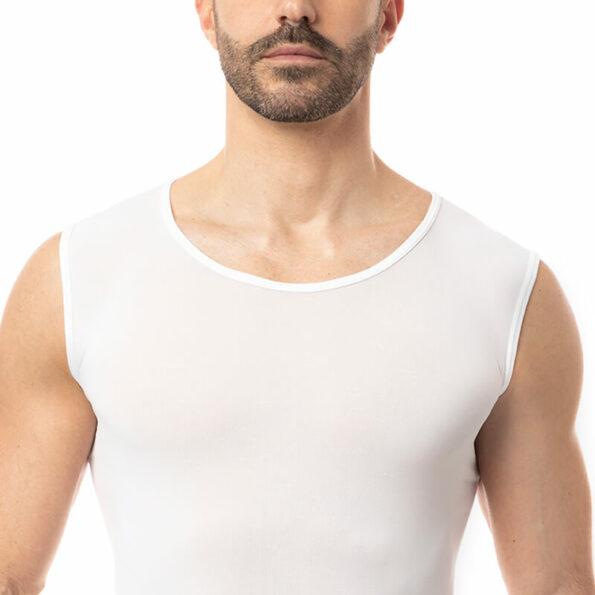 man-top-round-white3